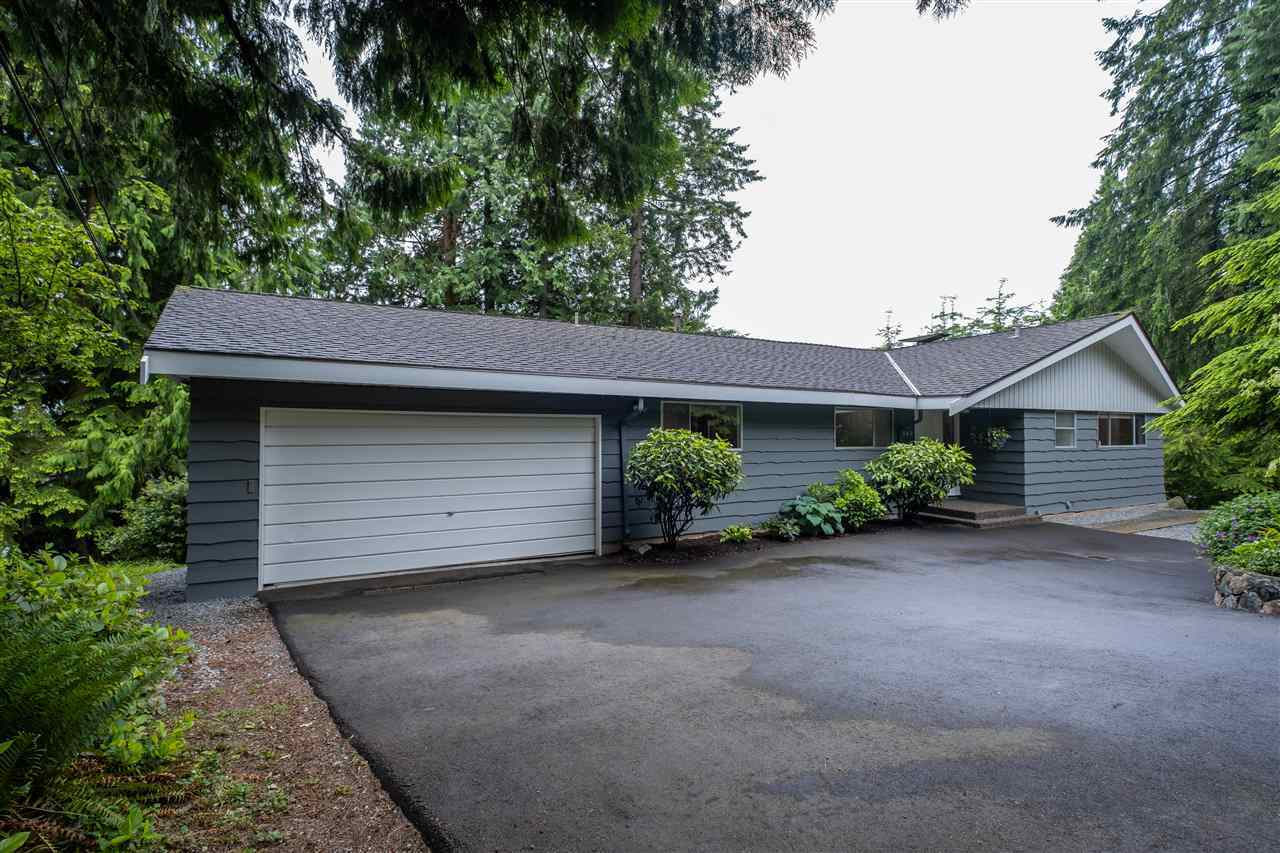 325 E Kensington Road, Upper Lonsdale, North Vancouver