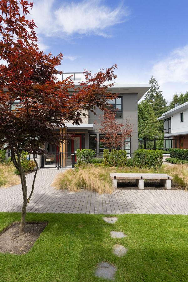 1_dsc0848 at 204 - 1055 Ridgewood Drive, Edgemont, North Vancouver