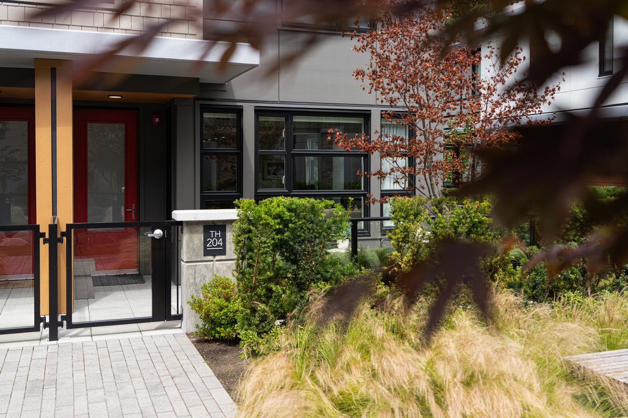 _dsc0844 at 204 - 1055 Ridgewood Drive, Edgemont, North Vancouver