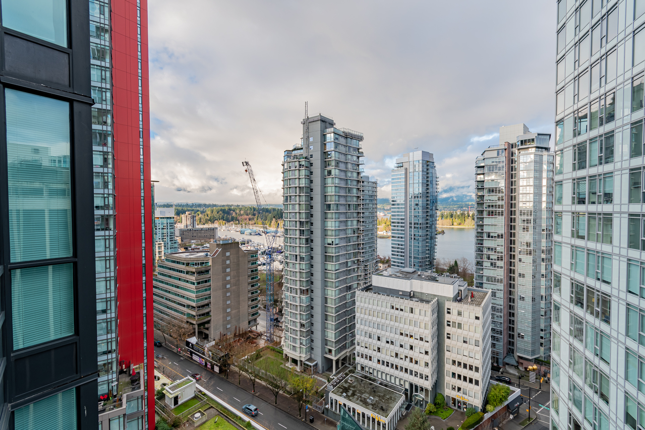 25 at 2002 - 1189 Melville Street, Coal Harbour, Vancouver West