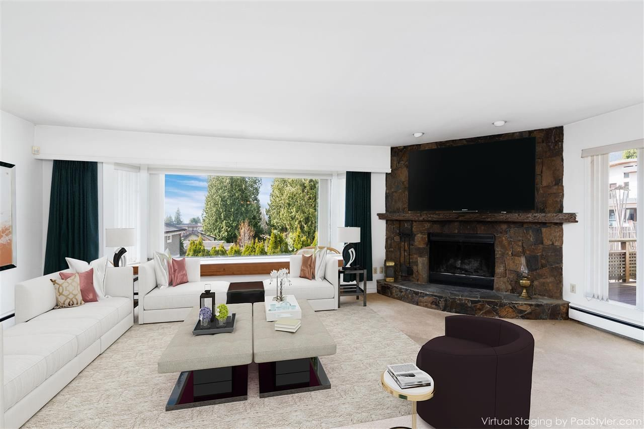 1045-20th-street-ambleside-west-vancouver-04 at 1045 20th Street, Ambleside, West Vancouver