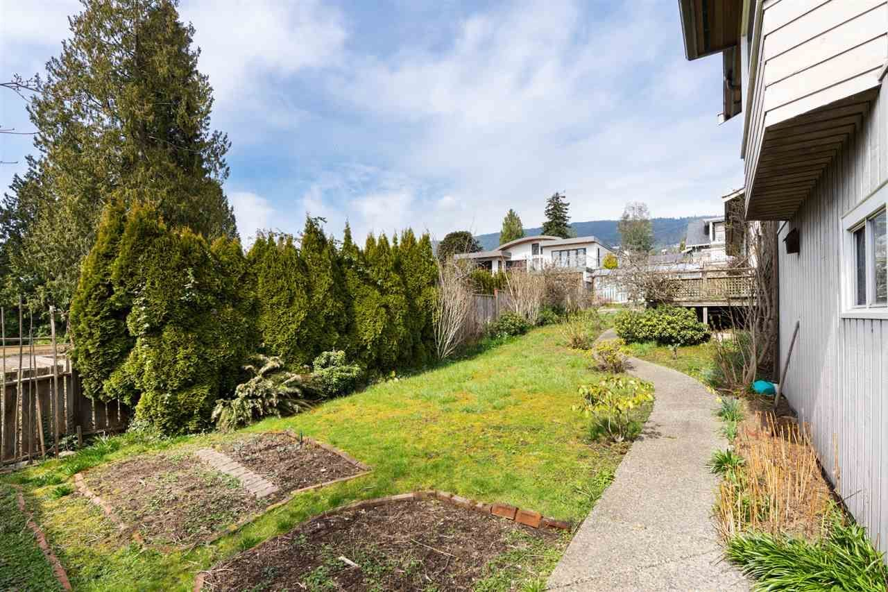 1045-20th-street-ambleside-west-vancouver-17 at 1045 20th Street, Ambleside, West Vancouver