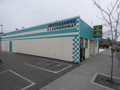 laundromat at 1926 Quilchena Avenue, Merritt, South West