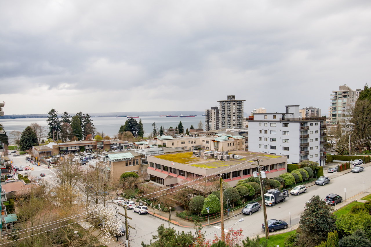 602 - 650 16th Street, Ambleside, West Vancouver