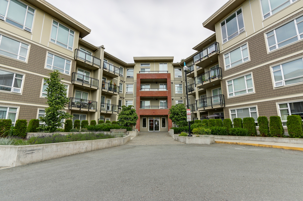 C226 - 20211 66 Avenue, Willoughby Heights, Langley