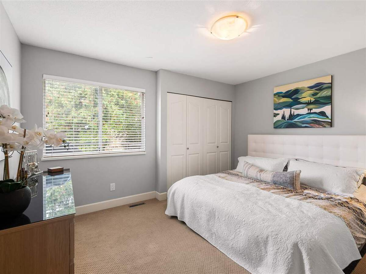 3735-hoskins-road-lynn-valley-north-vancouver-11