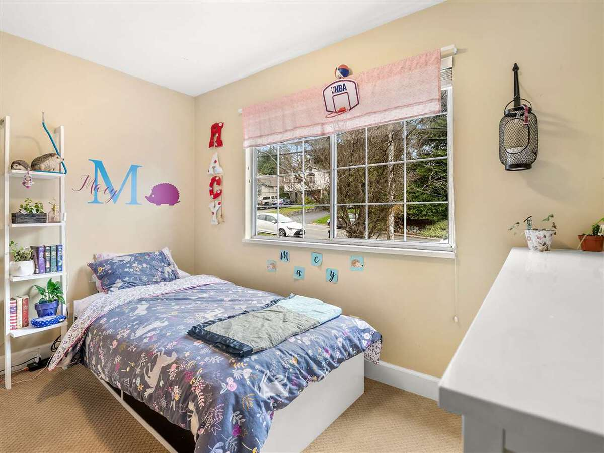 3735-hoskins-road-lynn-valley-north-vancouver-17