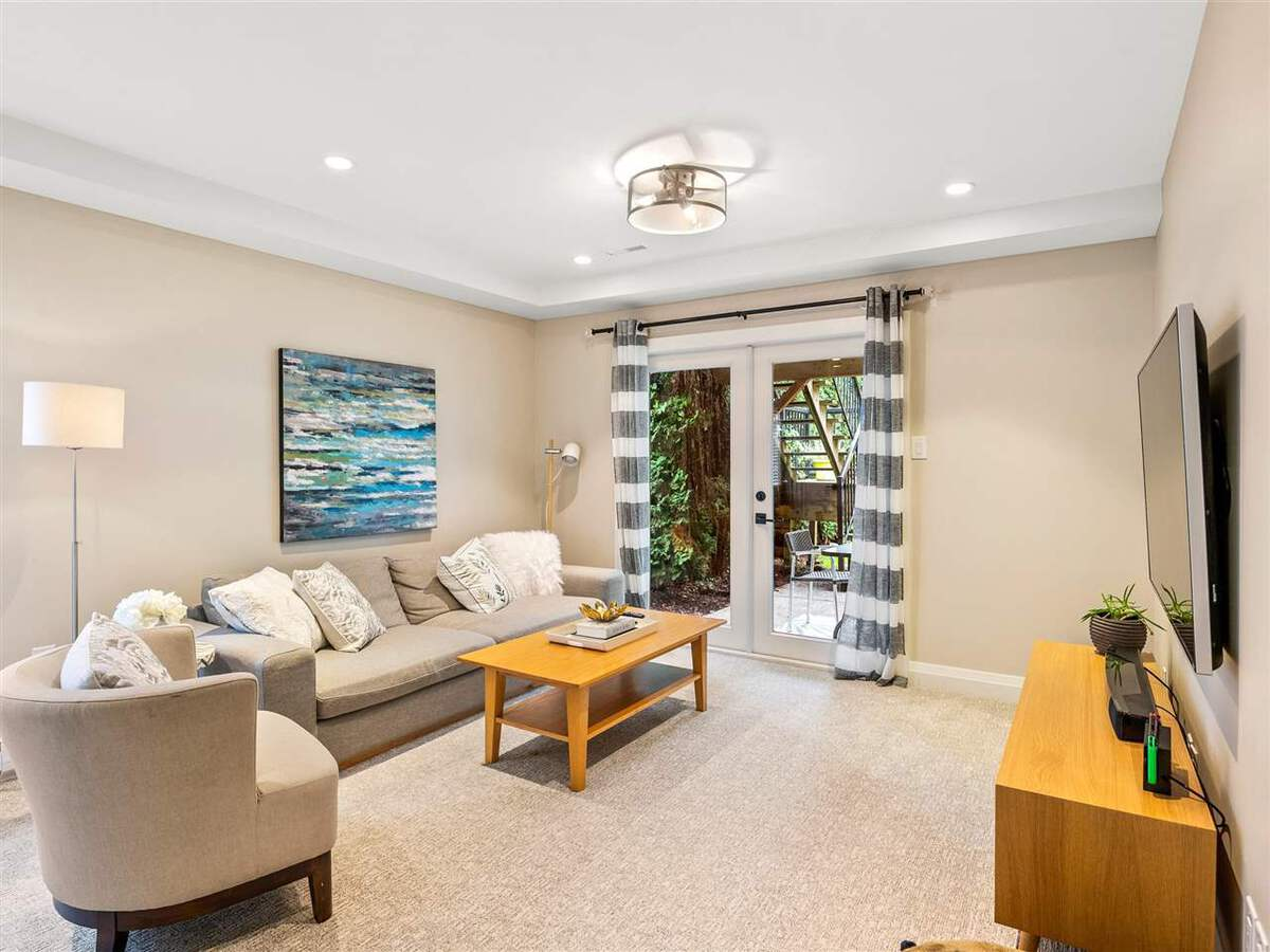 3735-hoskins-road-lynn-valley-north-vancouver-20