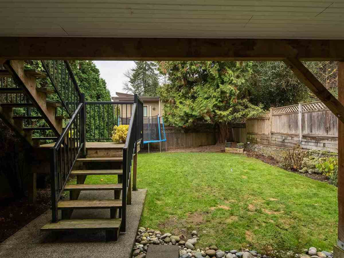 3735-hoskins-road-lynn-valley-north-vancouver-27