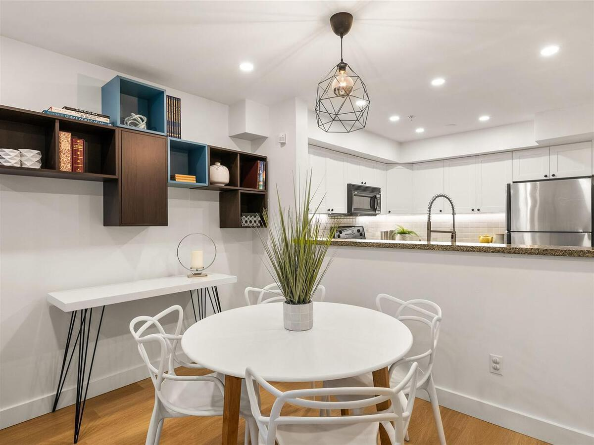 345-lonsdale-avenue-lower-lonsdale-north-vancouver-05