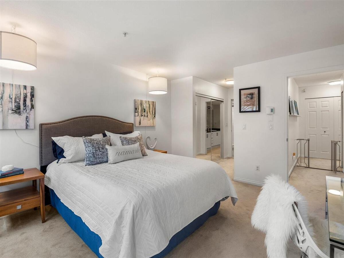 345-lonsdale-avenue-lower-lonsdale-north-vancouver-13