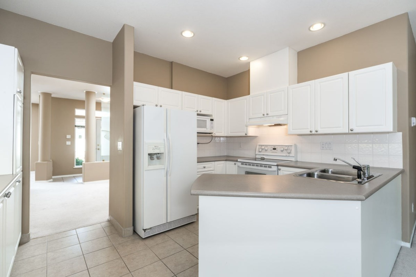 Kitchen at 19 - 20770 97b Avenue, Walnut Grove, Langley