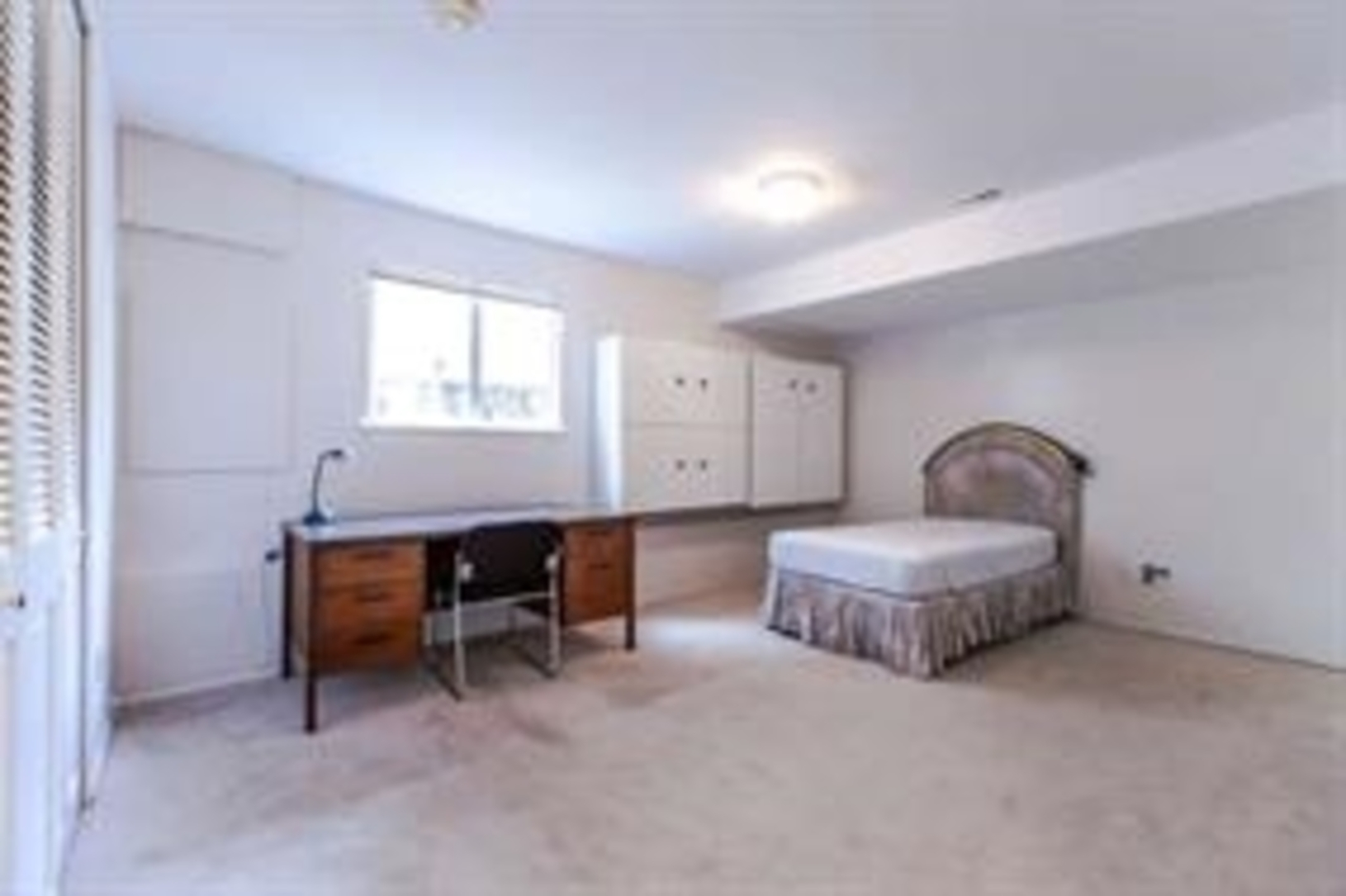13 at 1840 Mathers Avenue, Ambleside, West Vancouver