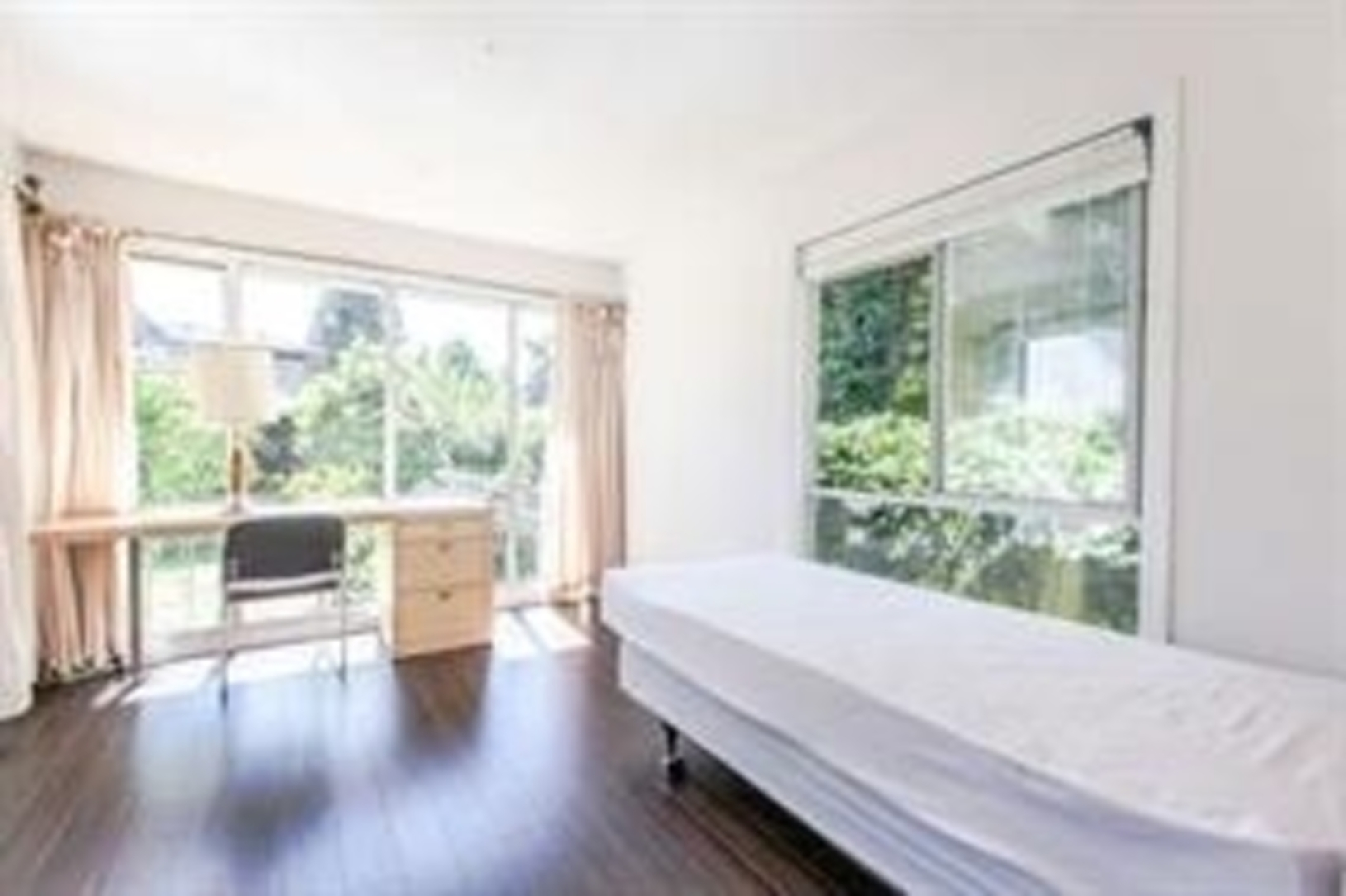 7 at 1840 Mathers Avenue, Ambleside, West Vancouver