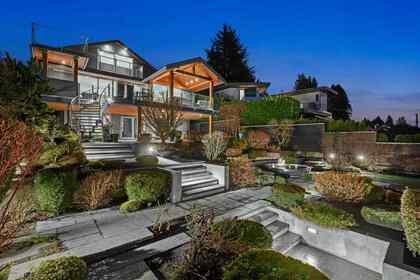 2771-bellevue-avenue-dundarave-west-vancouver-20 at 2771 Bellevue Avenue, Dundarave, West Vancouver