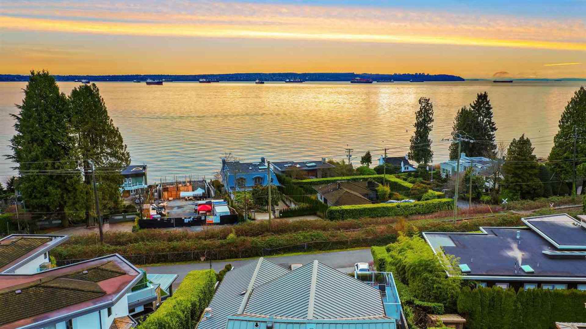 2771-bellevue-avenue-dundarave-west-vancouver-04 at 2771 Bellevue Avenue, Dundarave, West Vancouver