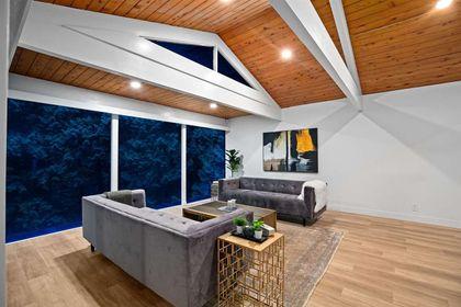 530-hadden-drive-british-properties-west-vancouver-03 at 530 Hadden Drive, British Properties, West Vancouver