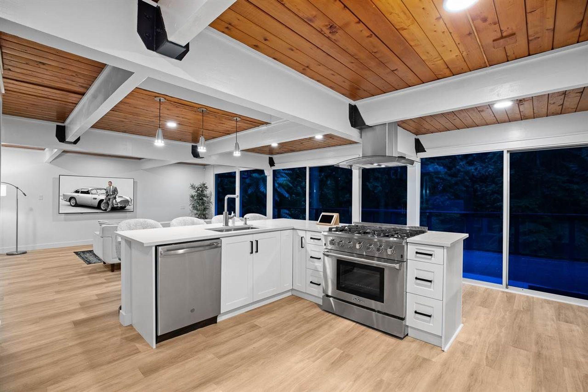 530-hadden-drive-british-properties-west-vancouver-05 at 530 Hadden Drive, British Properties, West Vancouver