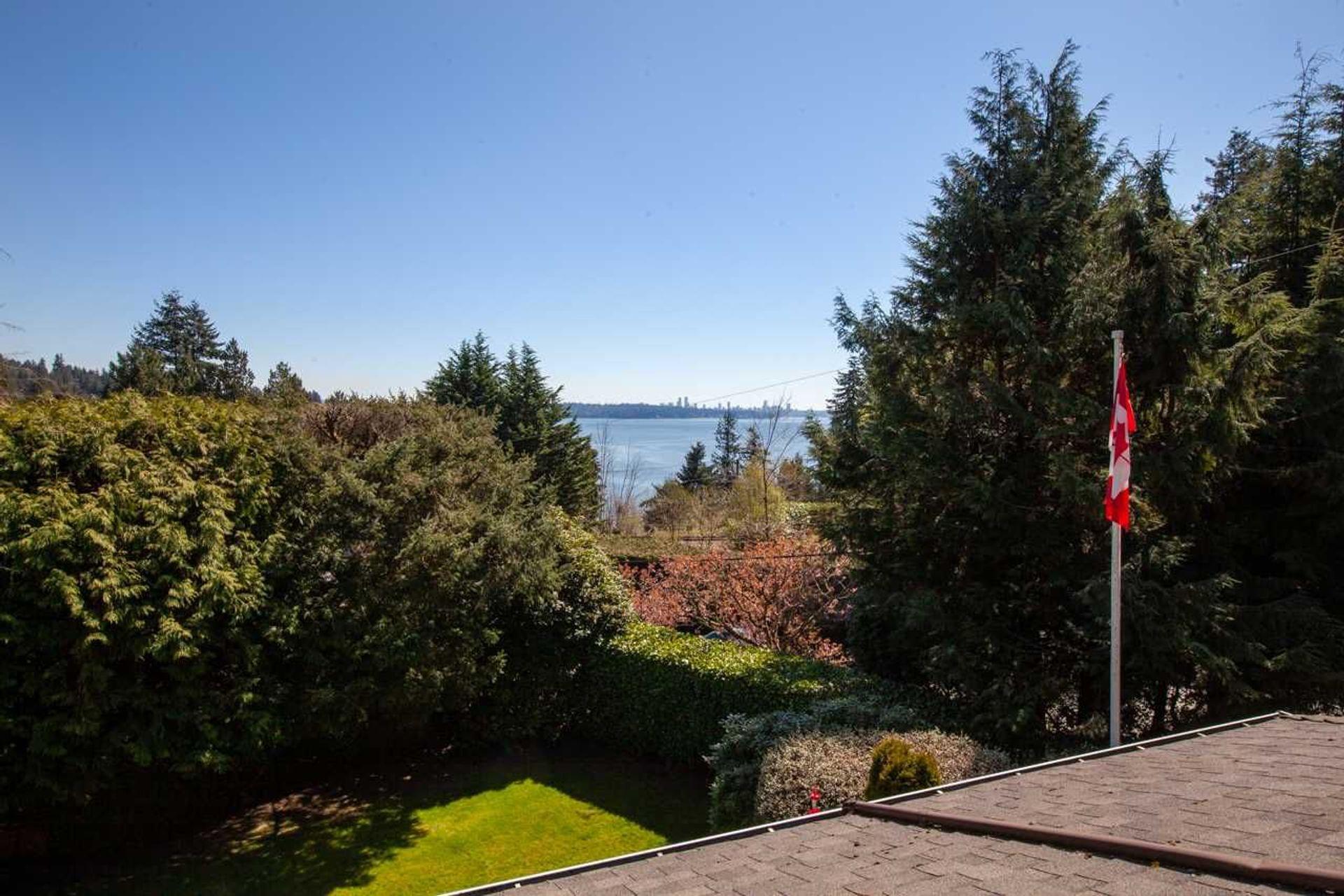 412-hillcrest-street-westmount-wv-west-vancouver-15 at 412 Hillcrest Street, Westmount WV, West Vancouver