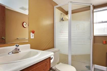 Bathroom at 1280 Victoria Drive, Oxford Heights, Port Coquitlam