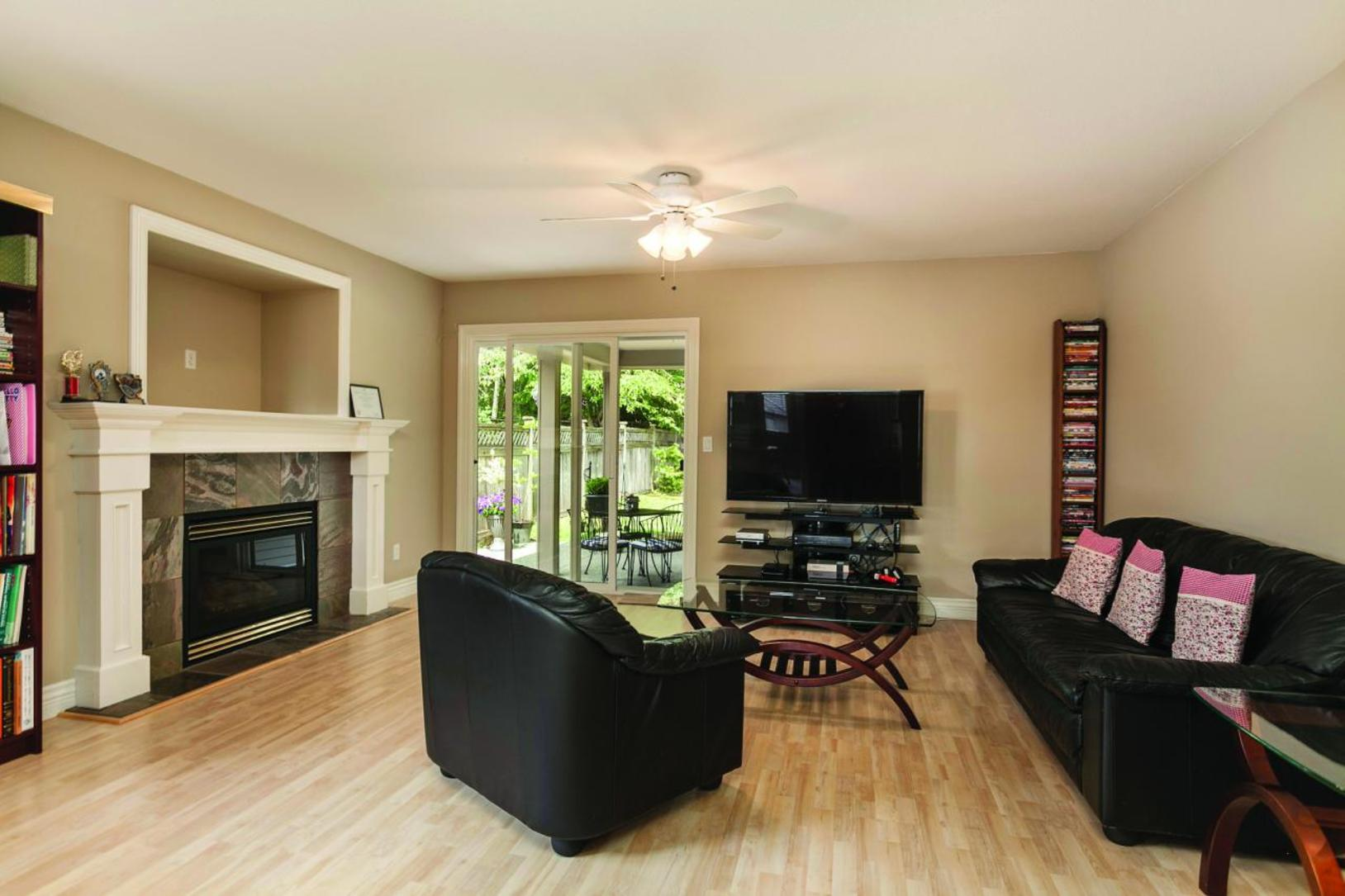 Family Room at 3057 Sienna Court, Coquitlam