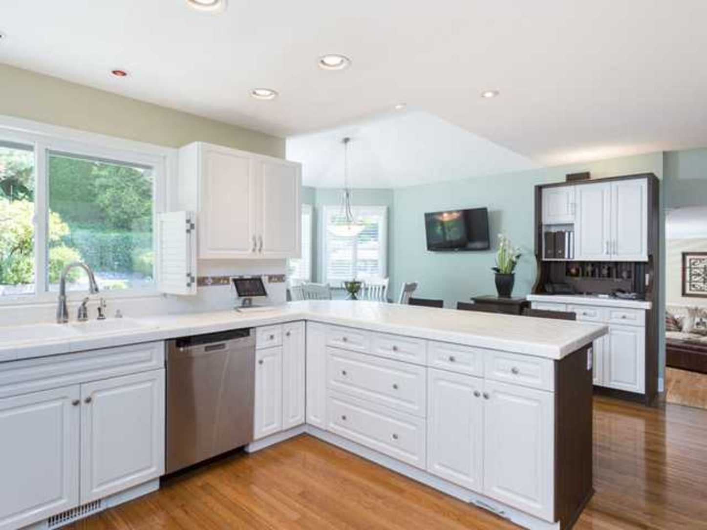 Kitchen at 2654 Fortress Drive, Citadel PQ, Port Coquitlam