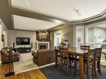 Family room at 2558 Diamond Crescent, Westwood Plateau, Coquitlam