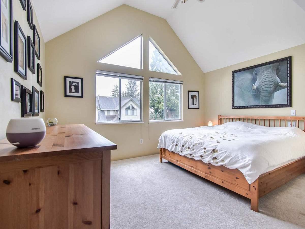 20888-mckinney-avenue-northwest-maple-ridge-maple-ridge-08 at 25 - 20888 Mckinney Avenue, Northwest Maple Ridge, Maple Ridge