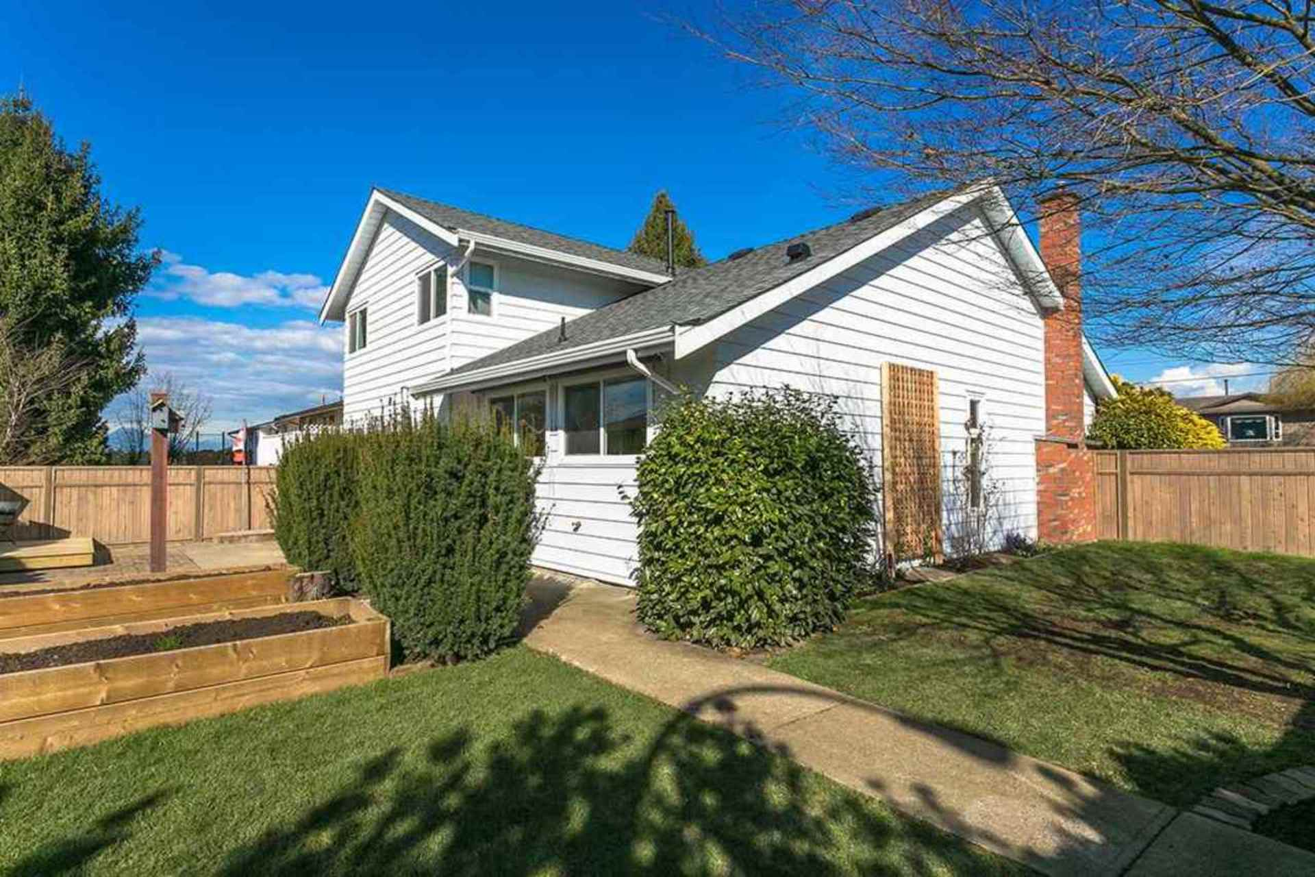 9299-213-street-walnut-grove-langley-19 at 9299 213 Street, Walnut Grove, Langley