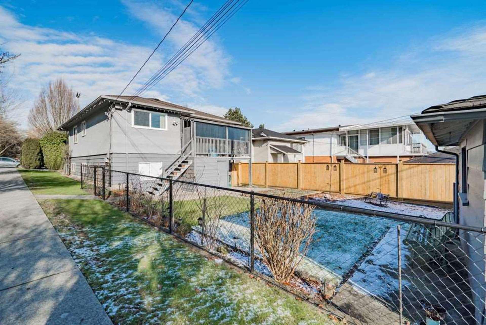 2504-e-1st-avenue-renfrew-ve-vancouver-east-14 at 2504 E 1st Avenue, Renfrew VE, Vancouver East