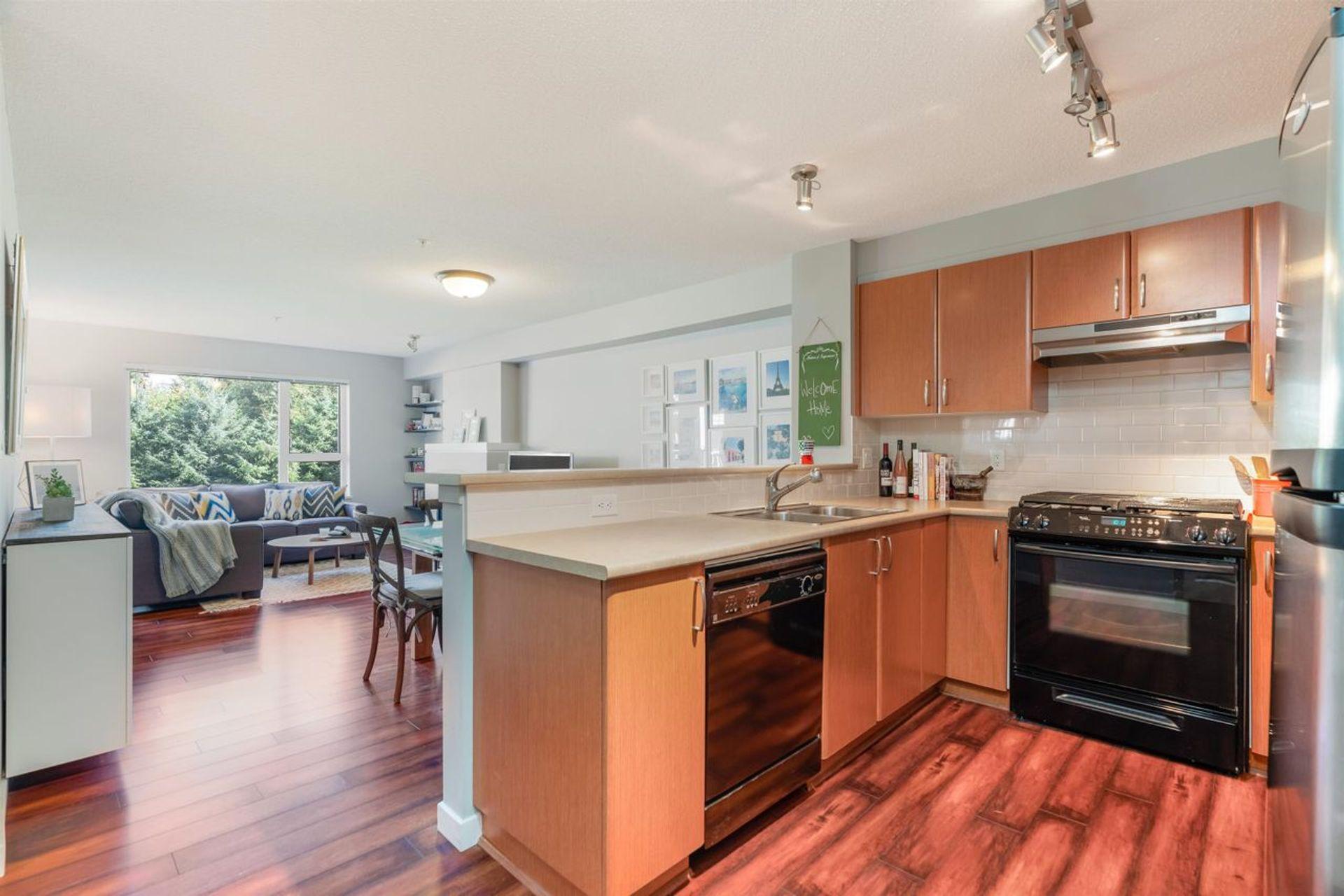 4723-dawson-street-brentwood-park-burnaby-north-14 at 301 - 4723 Dawson Street, Brentwood Park, Burnaby North
