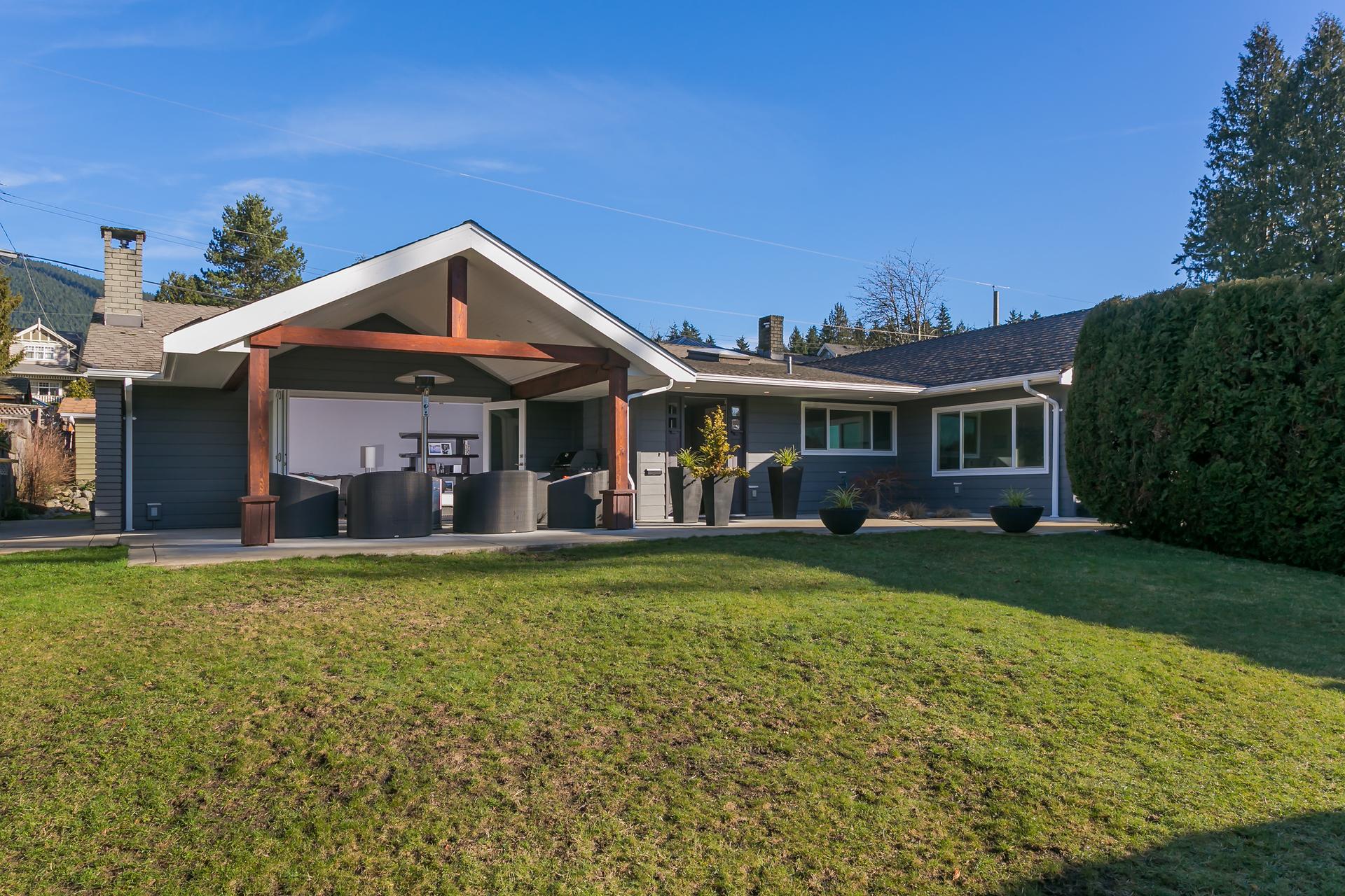 920 Melbourne Avenue, Edgemont, North Vancouver