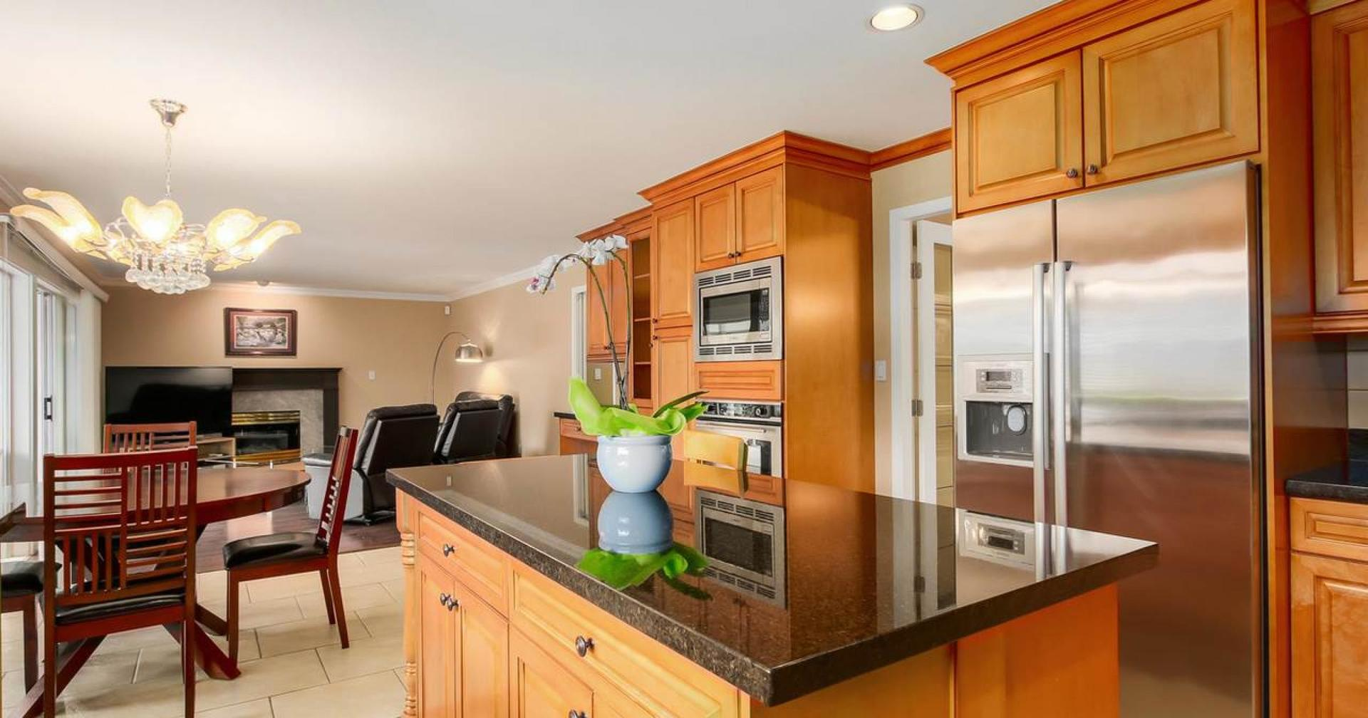 929 Forest Hills Drive, Edgemont, North Vancouver