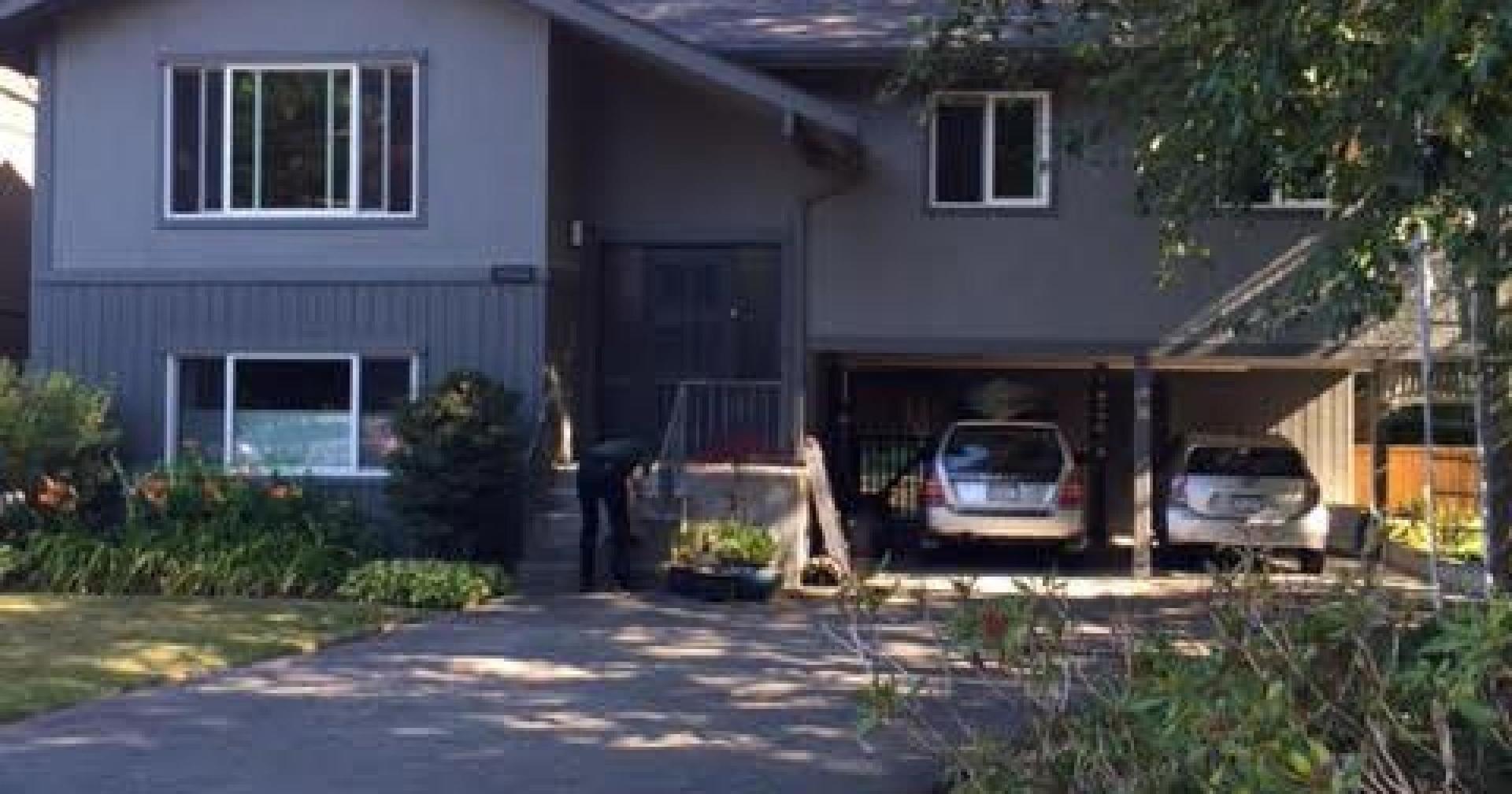 1662 Westover Road, Lynn Valley, North Vancouver