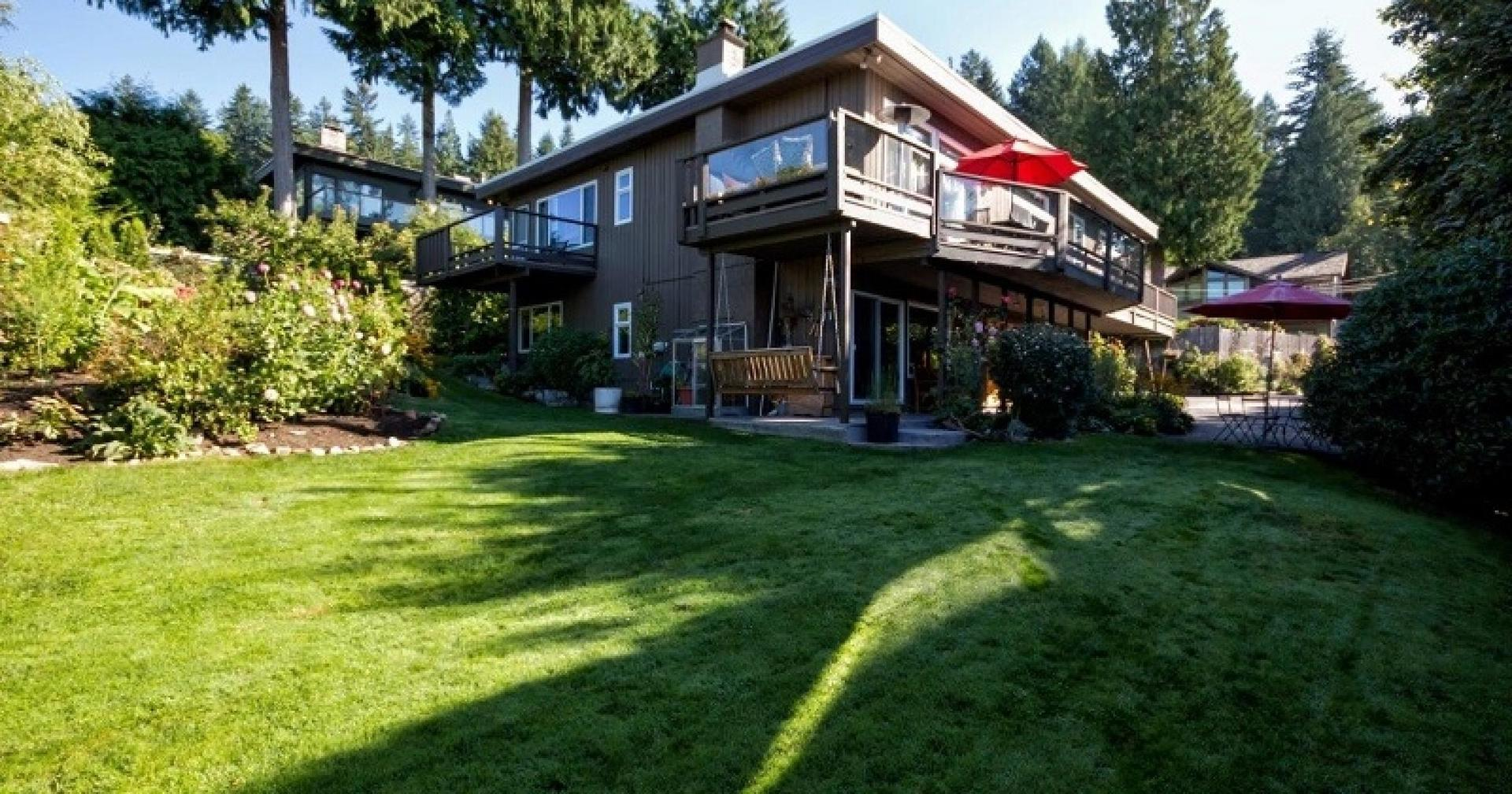 4055 St Marys Avenue, Upper Lonsdale, North Vancouver