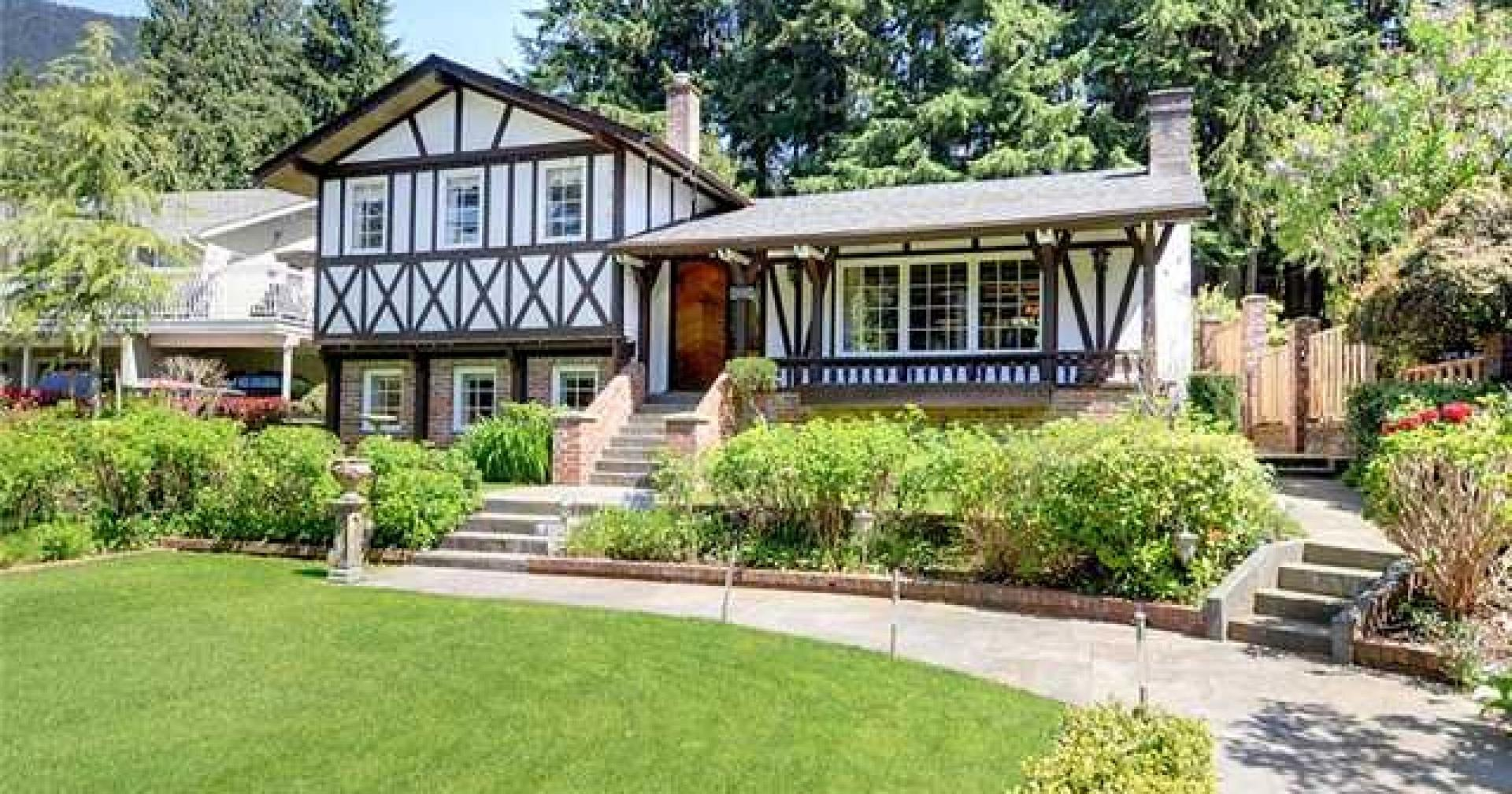 4596 Cedarcrest Avenue, Canyon Heights NV, North Vancouver