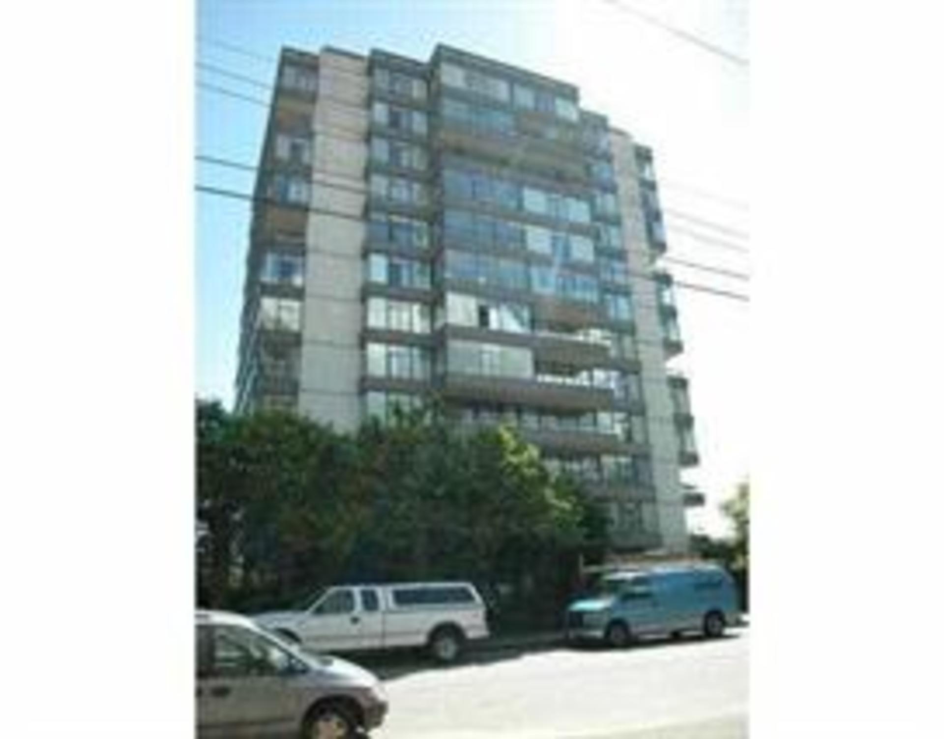 1003 - 1480 Duchess Avenue, Ambleside, West Vancouver