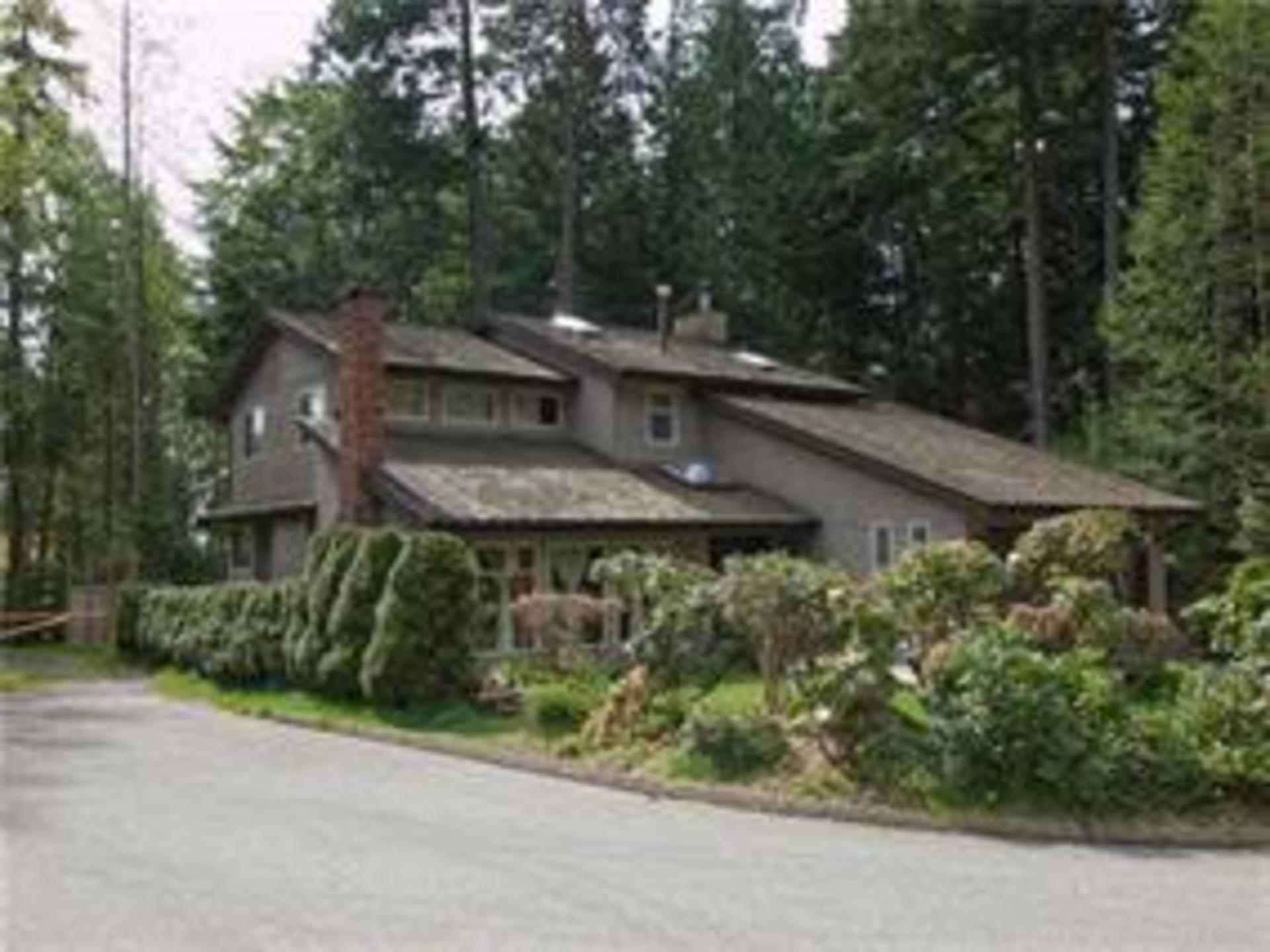 5500 Deerhorn Lane, Grouse Woods, North Vancouver