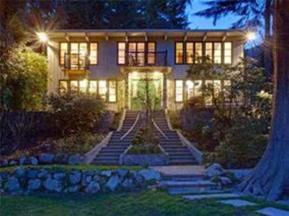 258603205 at 970 Canyon Boulevard, Canyon Heights NV, North Vancouver