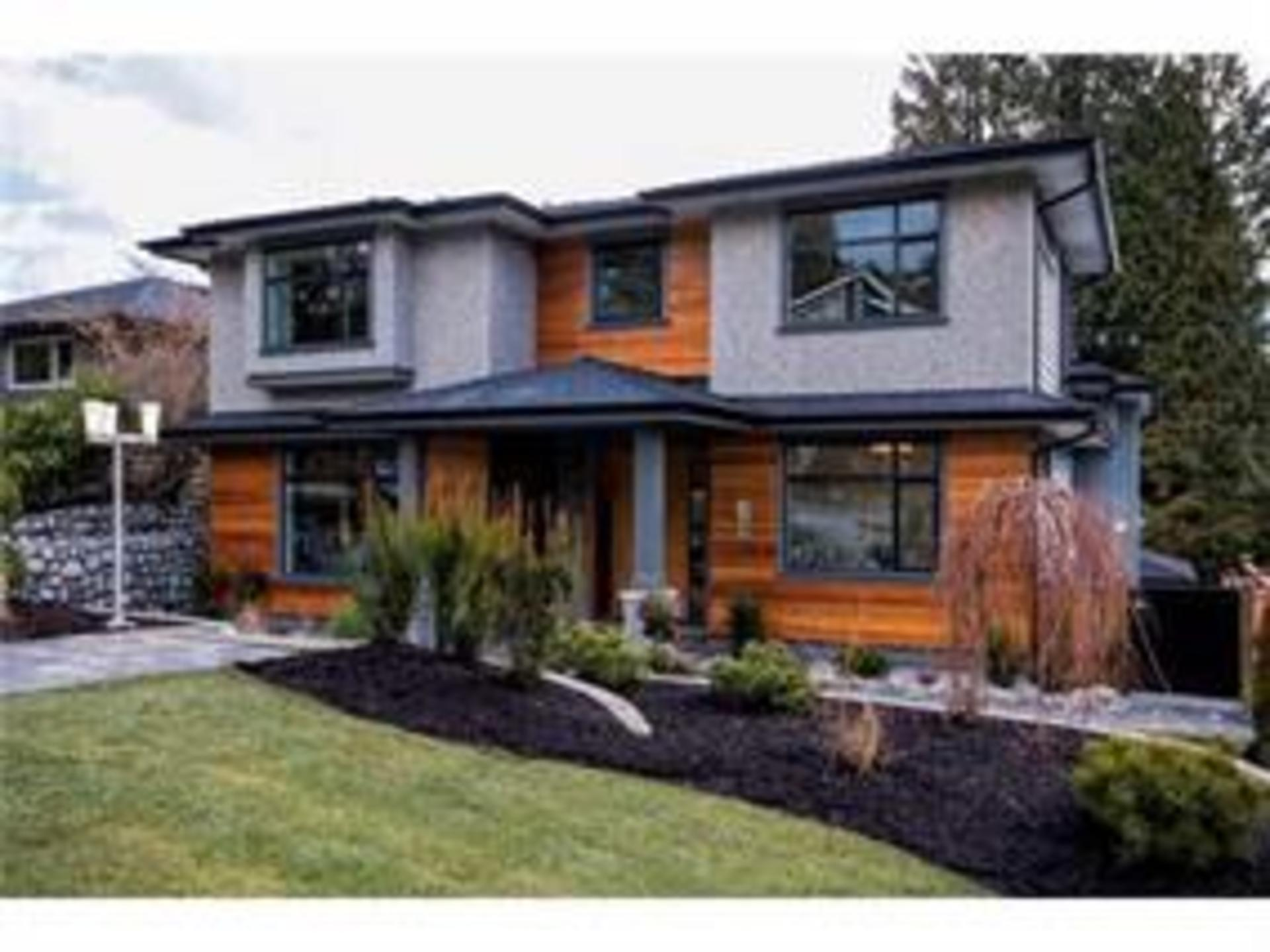 323 E 26th Street, Upper Lonsdale, North Vancouver