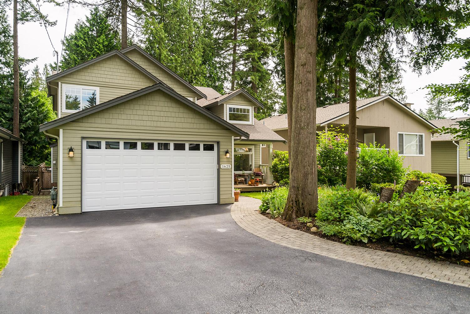 1625 Page Road, Lynn Valley, North Vancouver