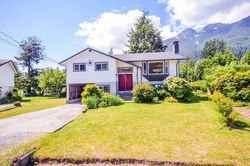 1211-parkwood-place-brackendale-squamish-01 at 1211 Parkwood Place, Brackendale, Squamish