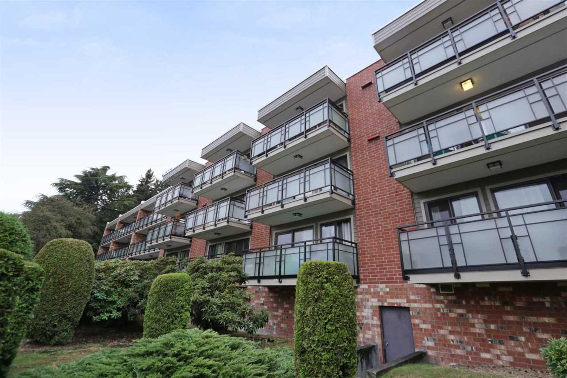 209 - 360 E 2nd Street, Lower Lonsdale, North Vancouver