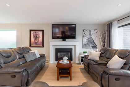 Wellington   Lynn Valley   Family Home   Living Room with Gas Fireplace at 1358 Wellington Drive, Lynn Valley, North Vancouver