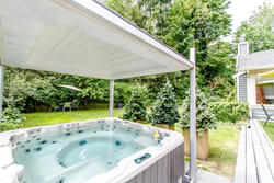 Lynn Valley | Family Home | Hot tub at 1311 Appin Road, Westlynn, North Vancouver