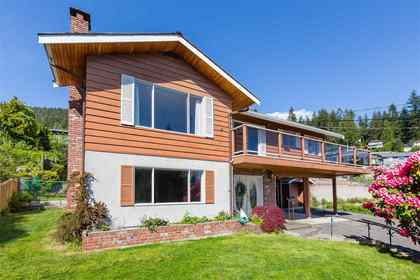 Upper Delbrook | Family Home | Monteray at 304 Monteray Avenue, Upper Delbrook, North Vancouver