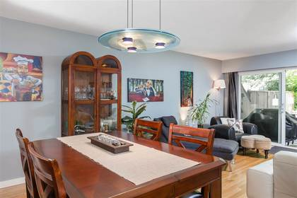 Lynn Valley | Townhome | Dining Room  at 1530 Mcnair Drive, Lynn Valley, North Vancouver