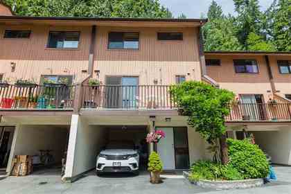 Lynn Valley | Parkwood North | Townhome | Front Exterior at 1530 Mcnair Drive, Lynn Valley, North Vancouver