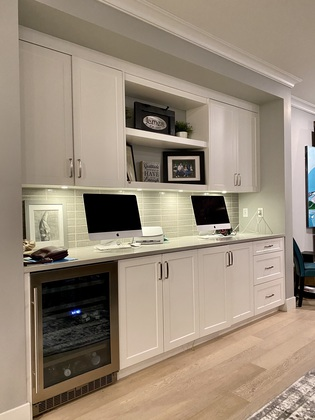 Eating Area Built Ins at 1840 Appin Road, Westlynn, North Vancouver