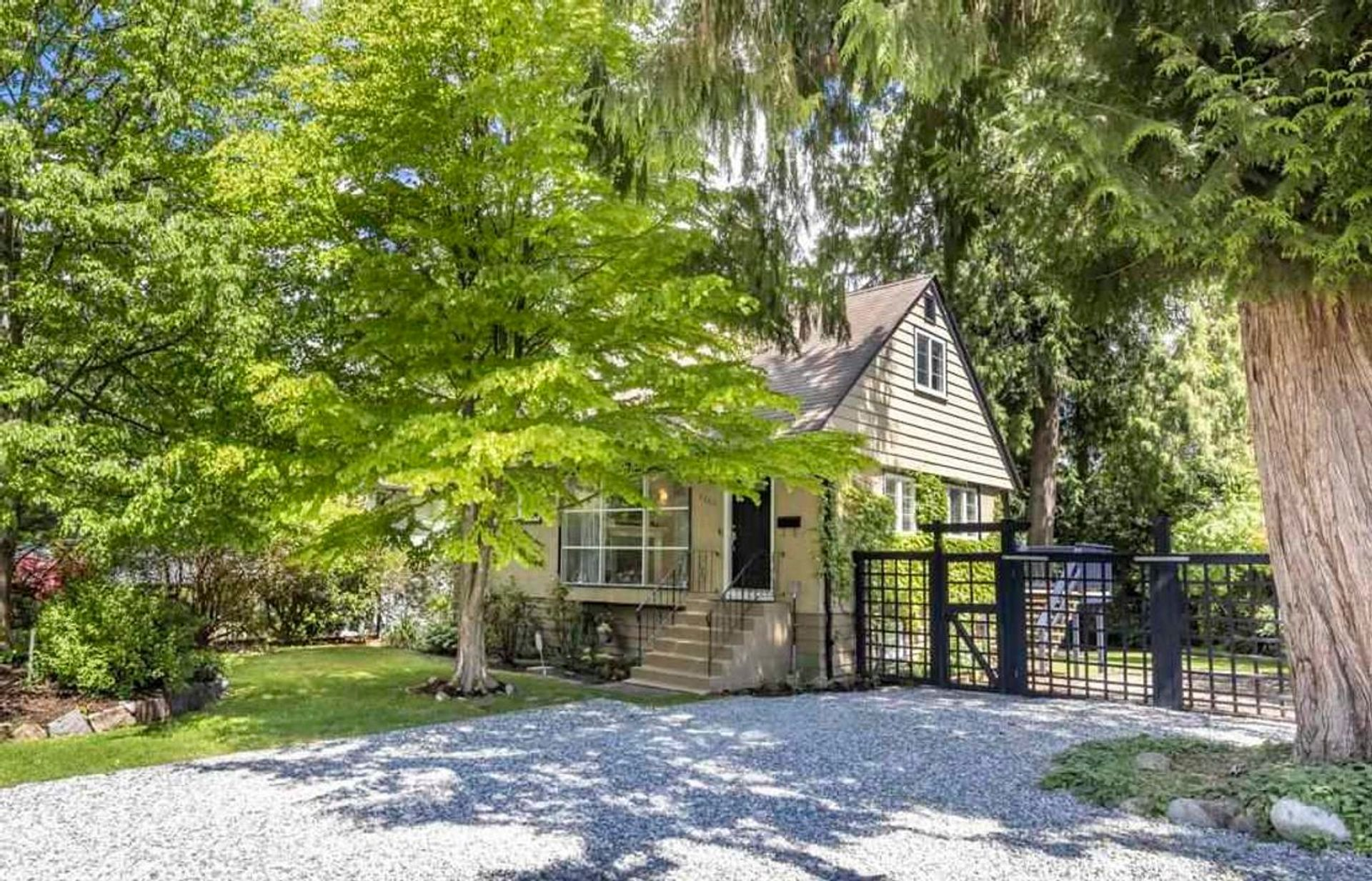 3262 Chaucer Avenue, Lynn Valley, North Vancouver